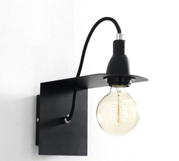Lampada da parete in alluminio nero e oro cubica - Lampade da muro design ...