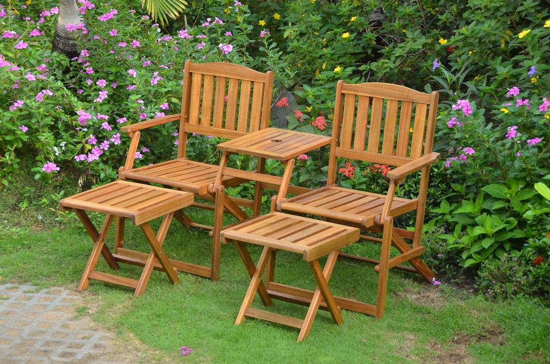Panchine Da Giardino In Legno : Panchina da giardino in legno di acacia e tavolini